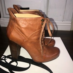 Nine West Leather Heeled boots ( Brand New)